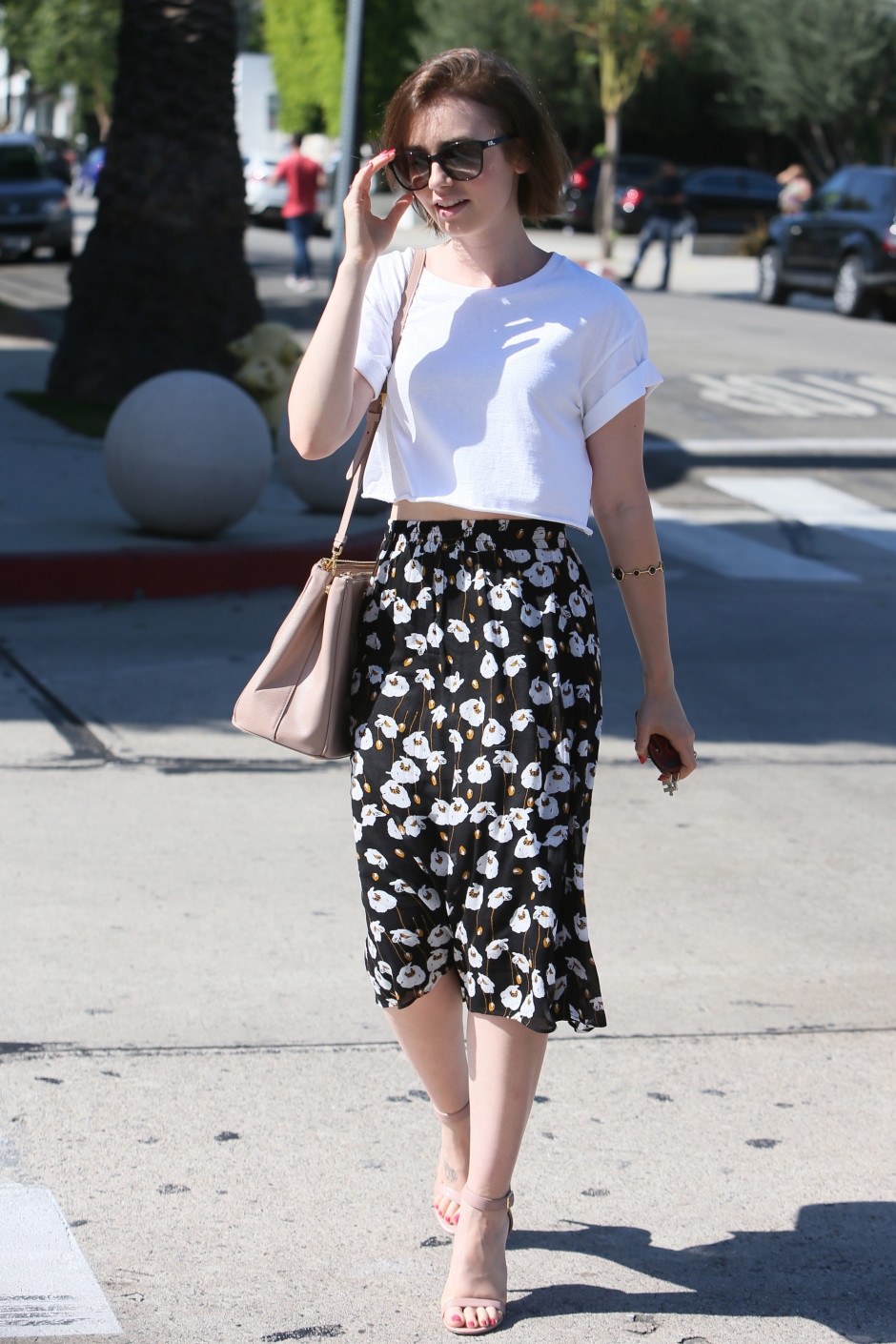 fridays-fashion-obsessions-lily-collins-and-emma-watson-lily_zqnsyk