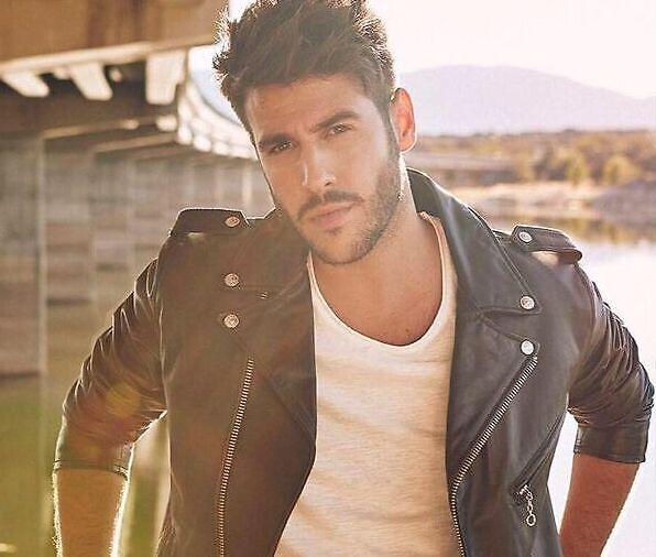 Antonio José cantante